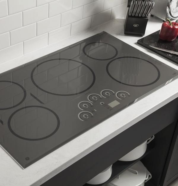 can you use a broken glass cooktop