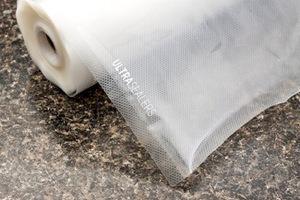 Edge vacuum sealer bags