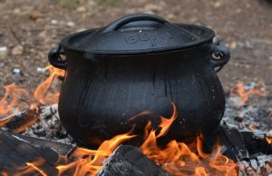 Enameled Cast Iron Dutch Ovens: A Detailed Review