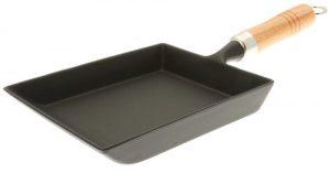 Iwachu Japanese Cast Iron Omelette Pan